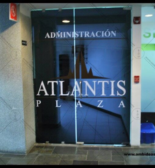 PLAZA ATLANTIS - 2